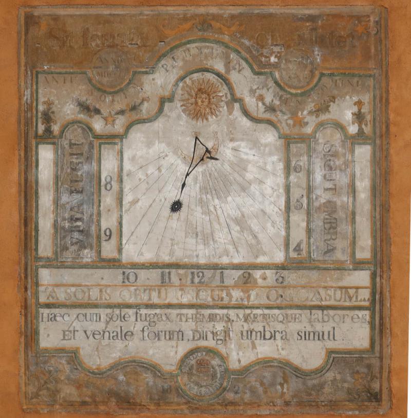 Briançon Cadran solaire de la Maison du Roi redressé
